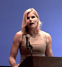 Mariel Hemingway Speaking Chicago 2016 Cropped V.5